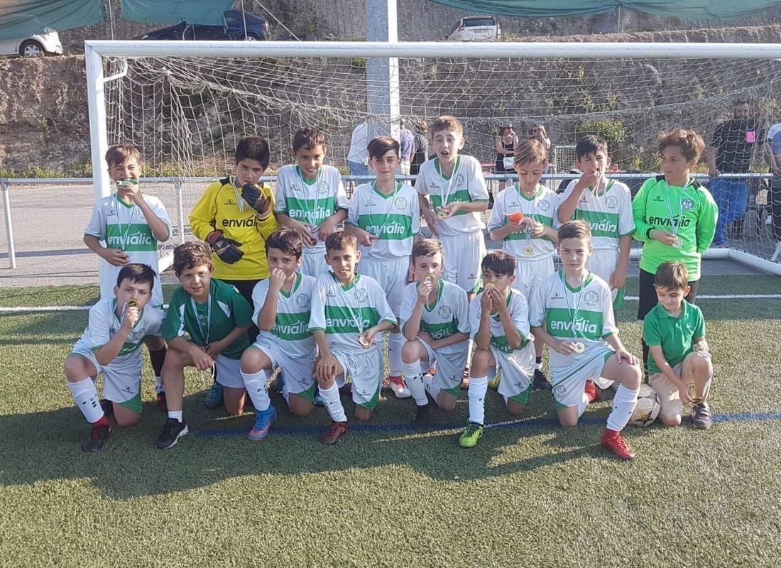 Fútbol 8 / Dous equipos á fase final de Mos