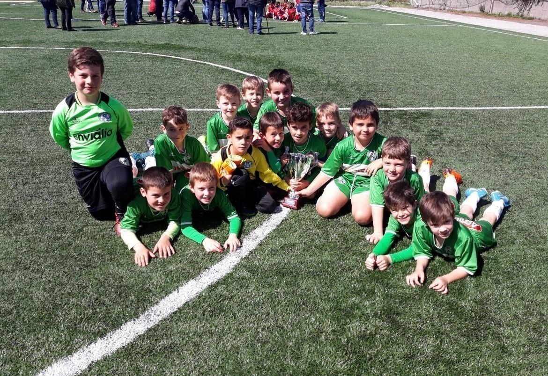 Fútbol 8 / Alegría nos equipos prebenxamíns